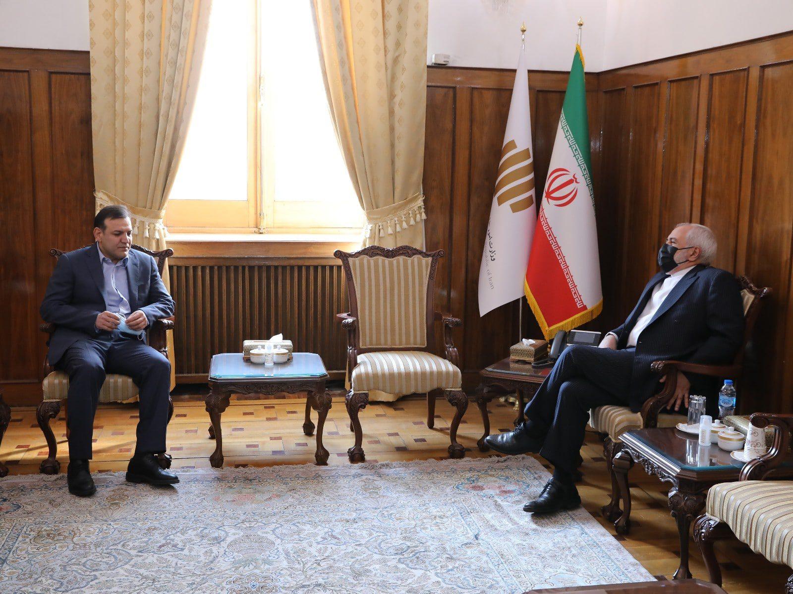 دیدار و گفتگوی عزیزیخادم با دکتر محمد جواد ظریف