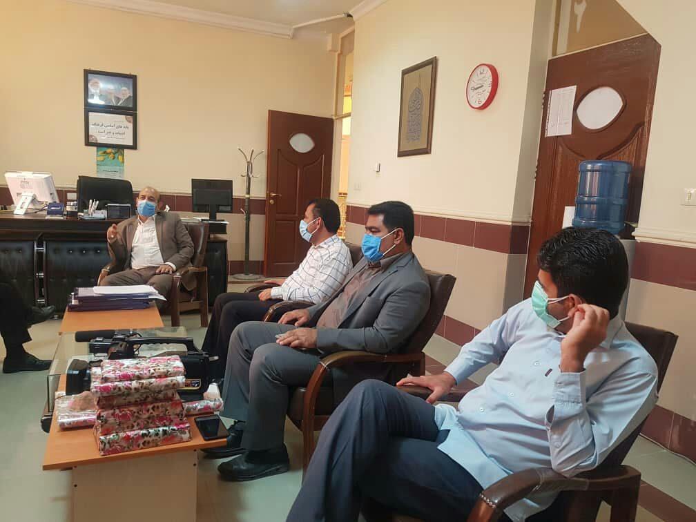تجلیل از سه فعال رسانه ای و مجازی حوزه سلامت شهرستان پلدختر به مناسبت هفته سلامت