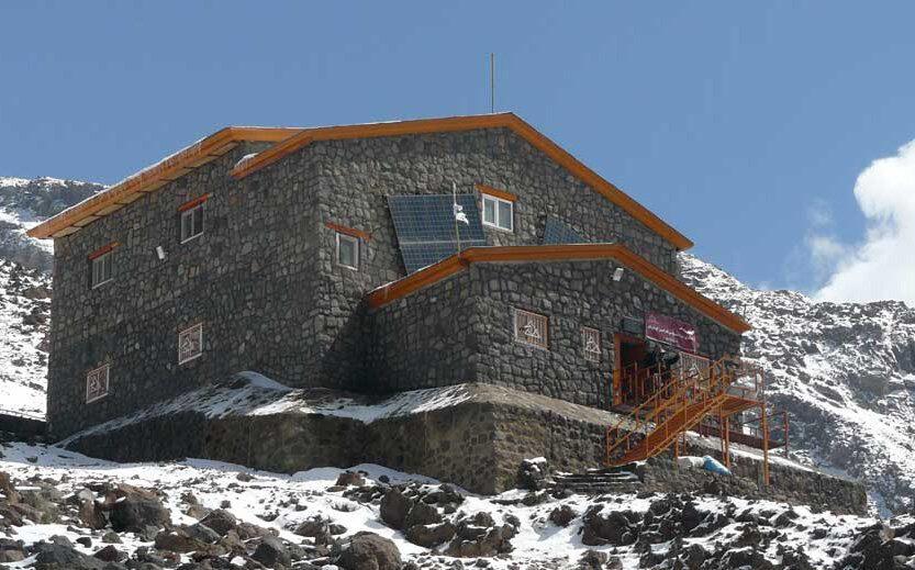 پناهگاه کوهنوردی ازنا تعطیل است