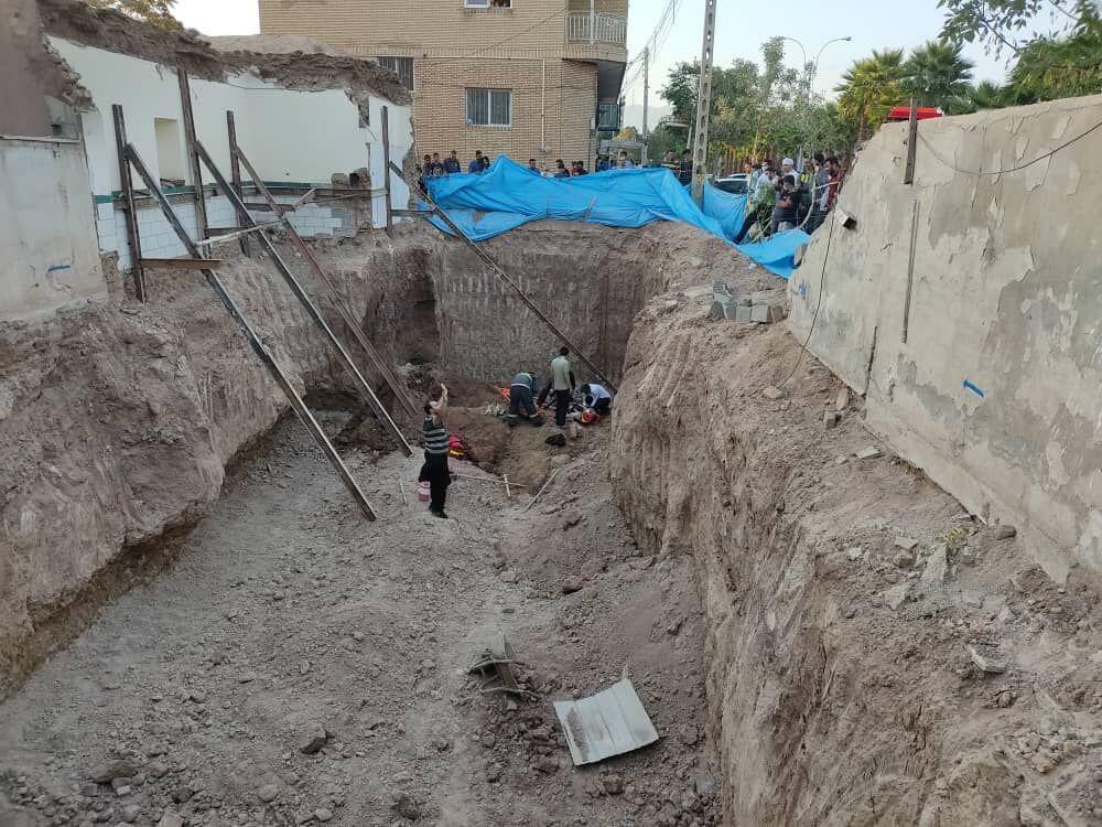 کارگر ساختمانی براثر ریزش دیوار در خرمآباد جان باخت
